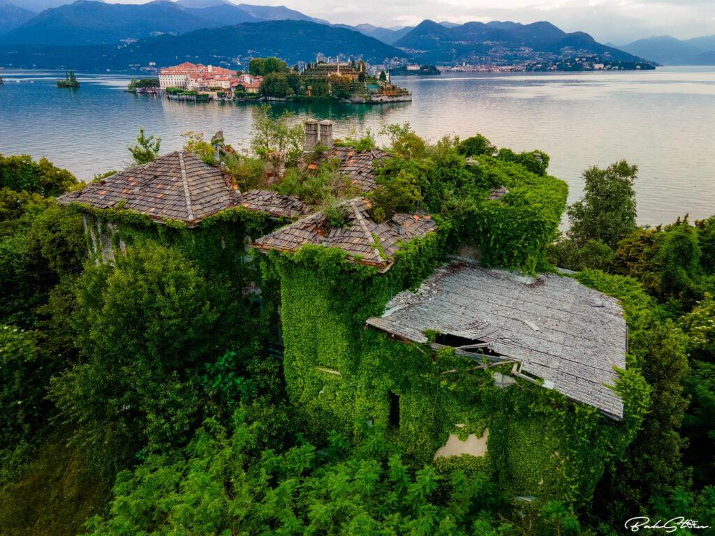 abandoned villa italy drone shot
