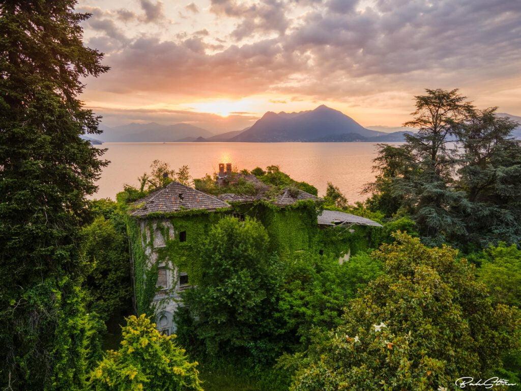 abandoned villa italy sunset